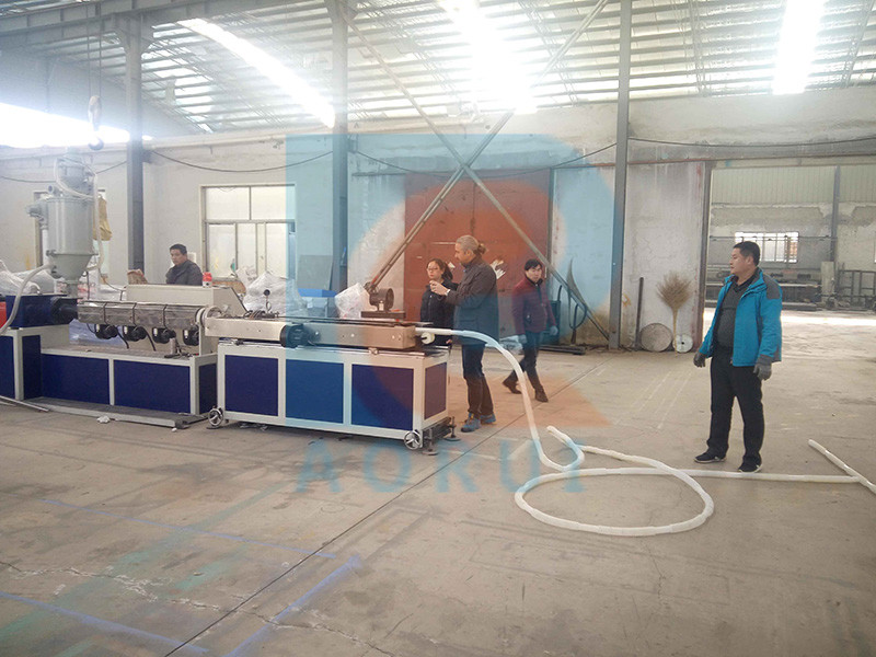 PE telescopic tube production line